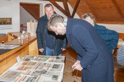 Landrad Oliver Bär und Gäste